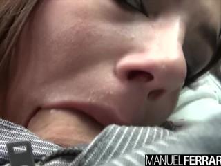 Valentina Nappi isi rupe gaura curului cu o pula mare