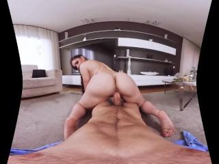 Futaiuri intense in realitate virtuala intr-o compilatie porno