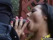 Un negru o fute adanc in pizda pe Sandra Romain